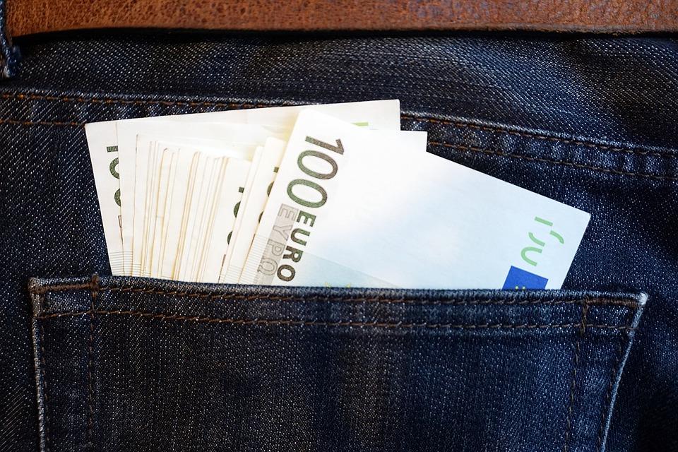 100 euro v kapse