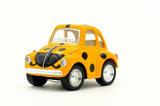 VW Beetle s puntíky