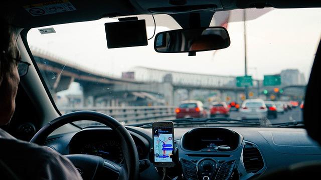 za volantem na dálnici