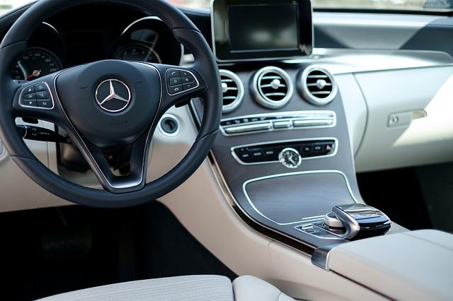 interiér Mercedesu