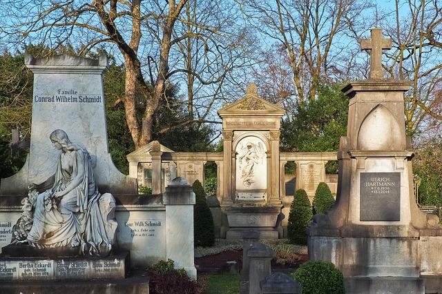náhrobní kameny